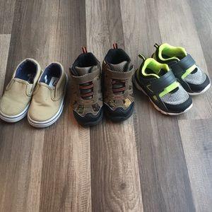 Little boy's size 5 & 6 shoe bundle boots sneakers
